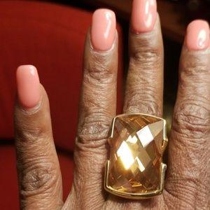 Jewelry - Beautiful Statement ring sz 7